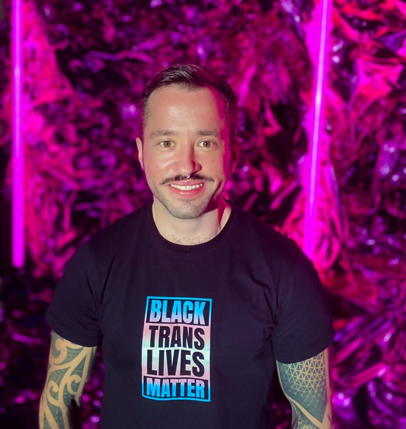 MAX APPENROTH TRANS-AKTIVIST UND DIVERSITY CONSULTANT IM INTERVIEW BEI AUSGANG PODCAST ÜBER TRANS UND CARE