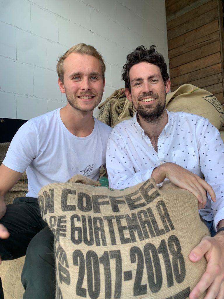 Tilman Böing und Christian Löckener von ZWOO Kafferöster in Köln über fair gehandelten Kaffee im Interview bei Ausgang Podcast